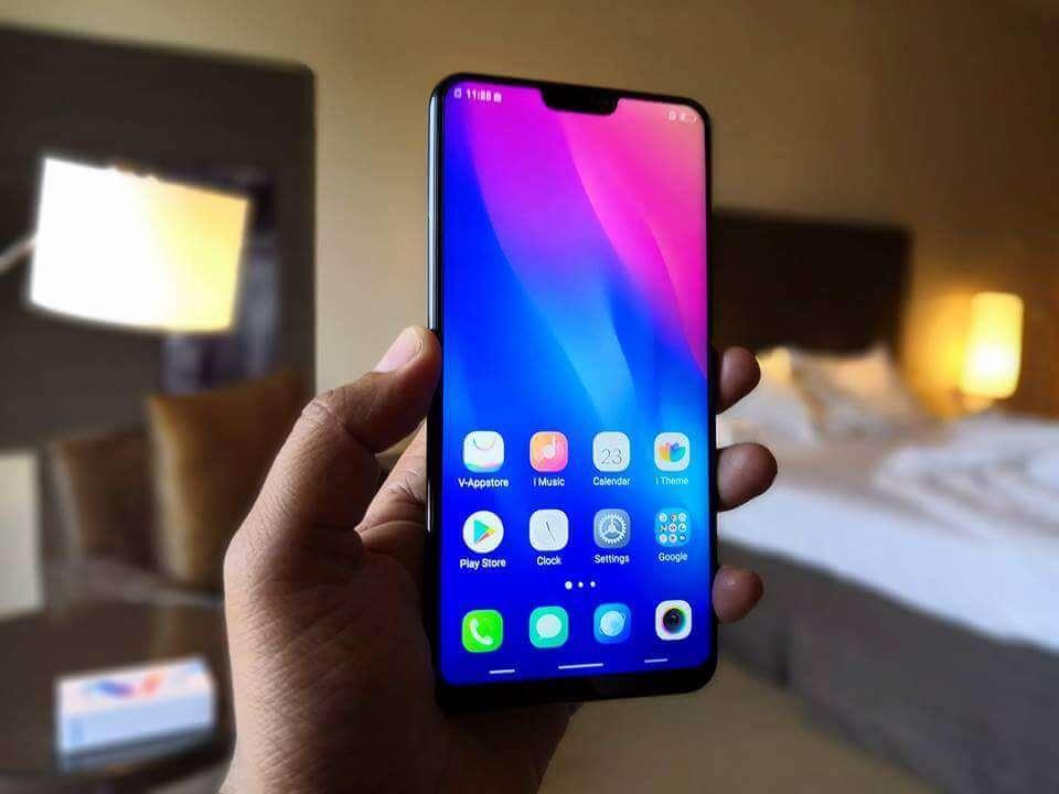 Vivo V9 Killer Phone Review in Hindi  -  हम किसी से कम नहीं?